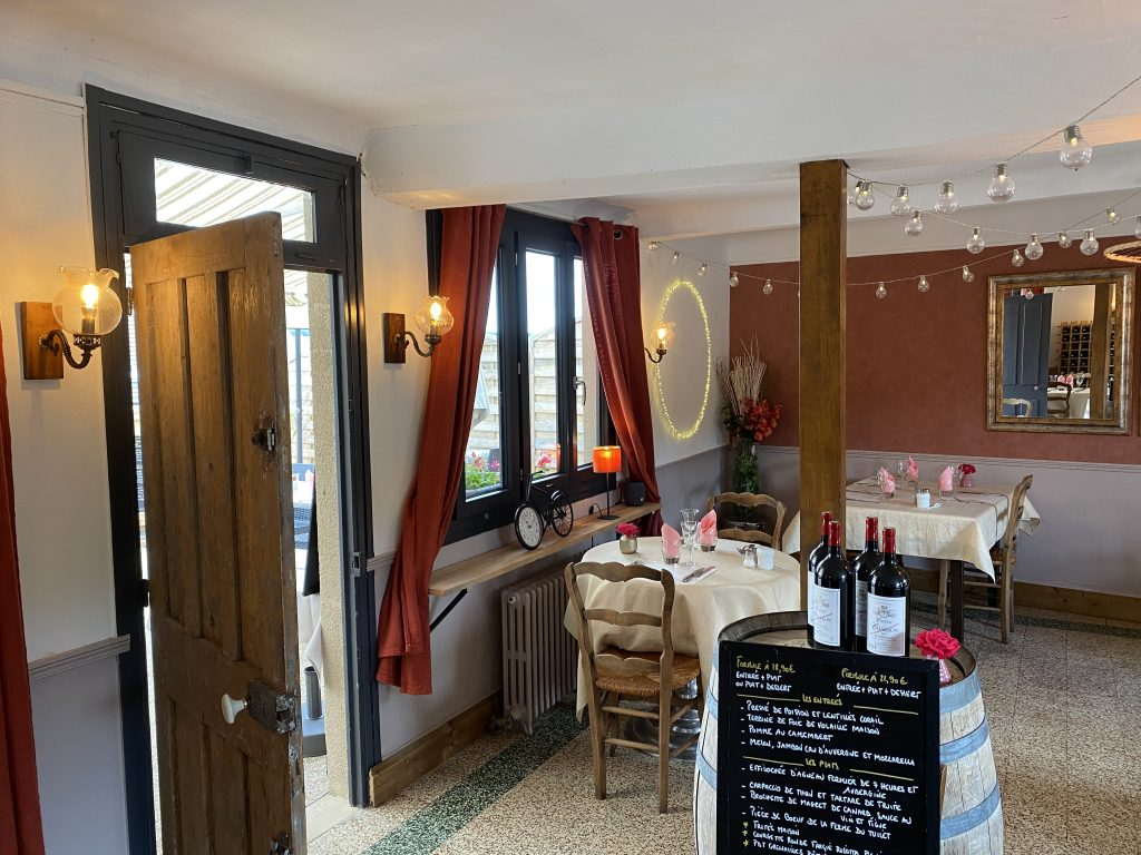 salle_restaurant_comme_maman_pont_audemer